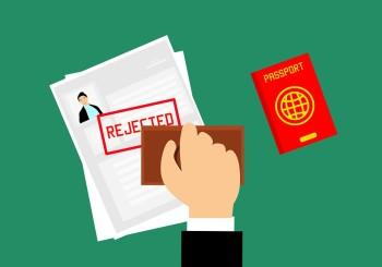 Favoreggiamento dell'immigrazione: falsificazione documenti è aggravante