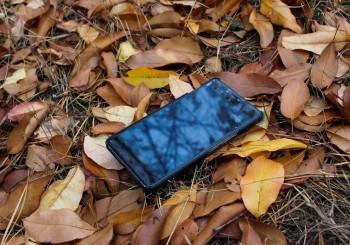 Tenere un telefono perso può essere furto o ricettazione