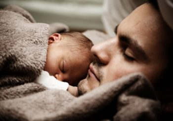 Congedo di paternità e lavoro flessibile per i genitori