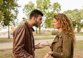 Amante nello stesso immobile della moglie? Maltrattamento familiare