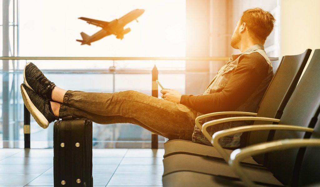 Niente risarcimento per il ritardo aereo causato da circostanza eccezionale